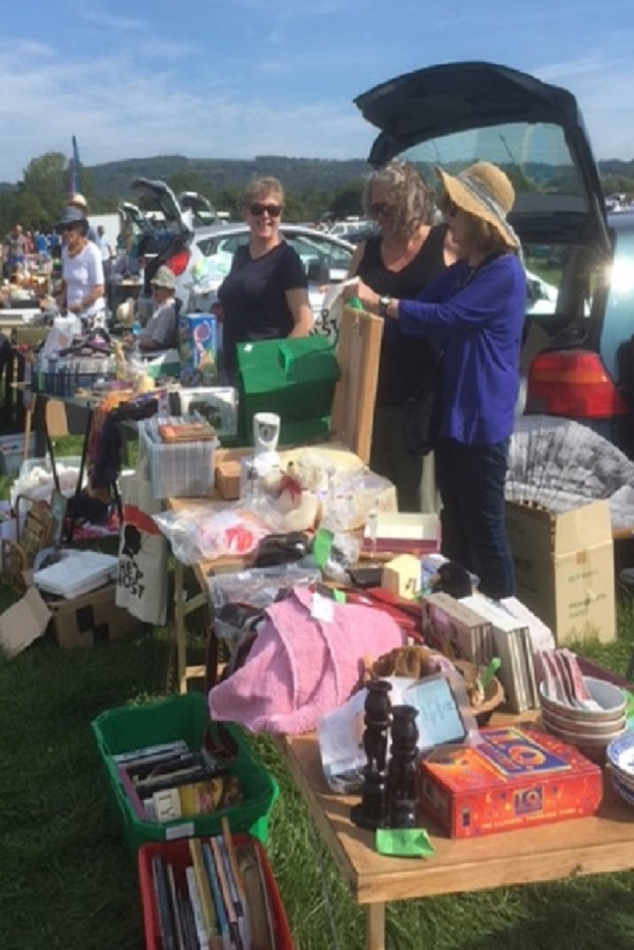 Holst car boot sale